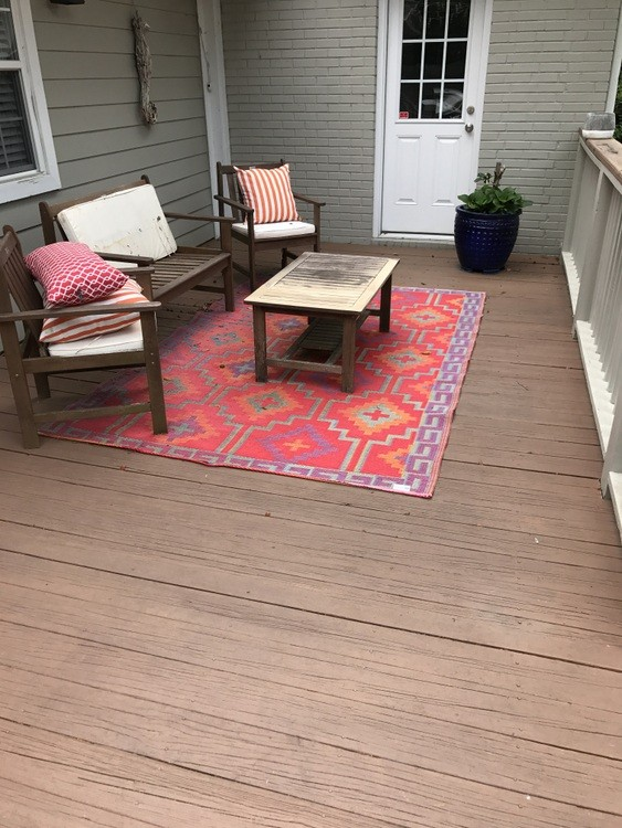 Backyard deck before its makeover