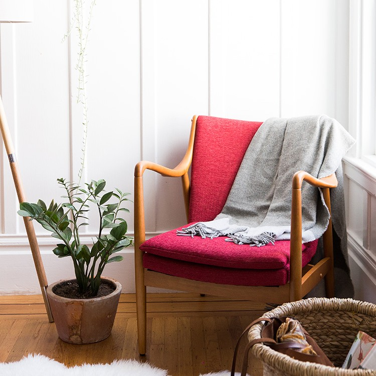Three Ways to Style a Bedroom Nook