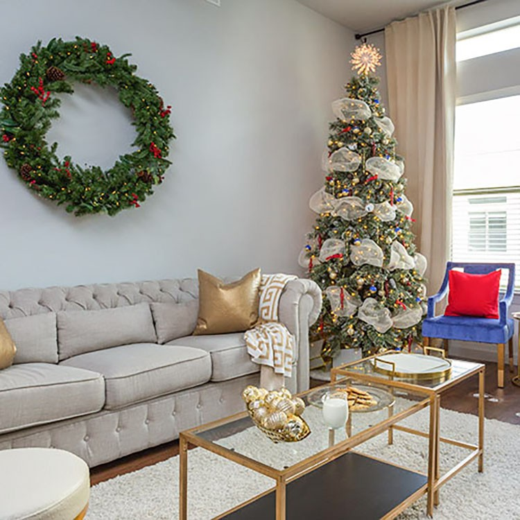 Create the Perfect Christmas Morning Scene