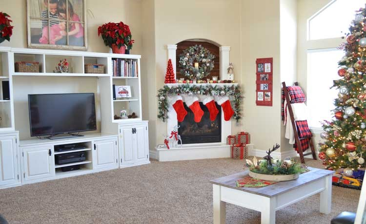 Christmas Makeover with Laurel & Wolf