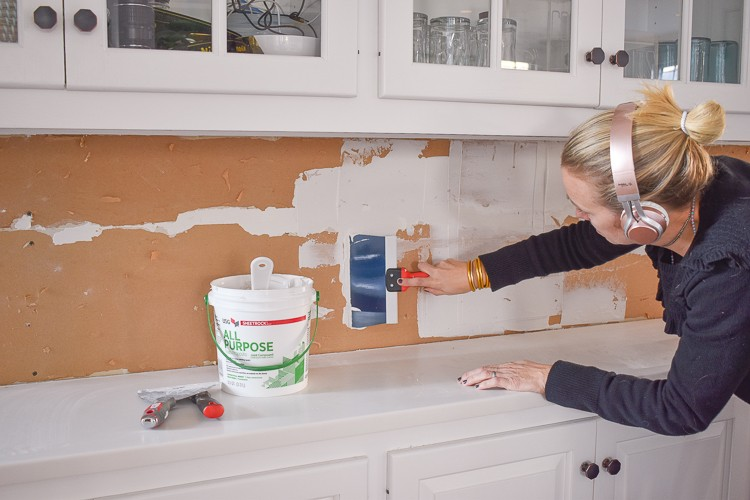 7 Easy Steps to Install a Marble Hexagon Tile Kitchen Backsplash
