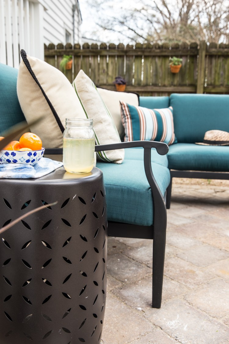 How to Create a Lively Patio Space for Outdoor Entertaining