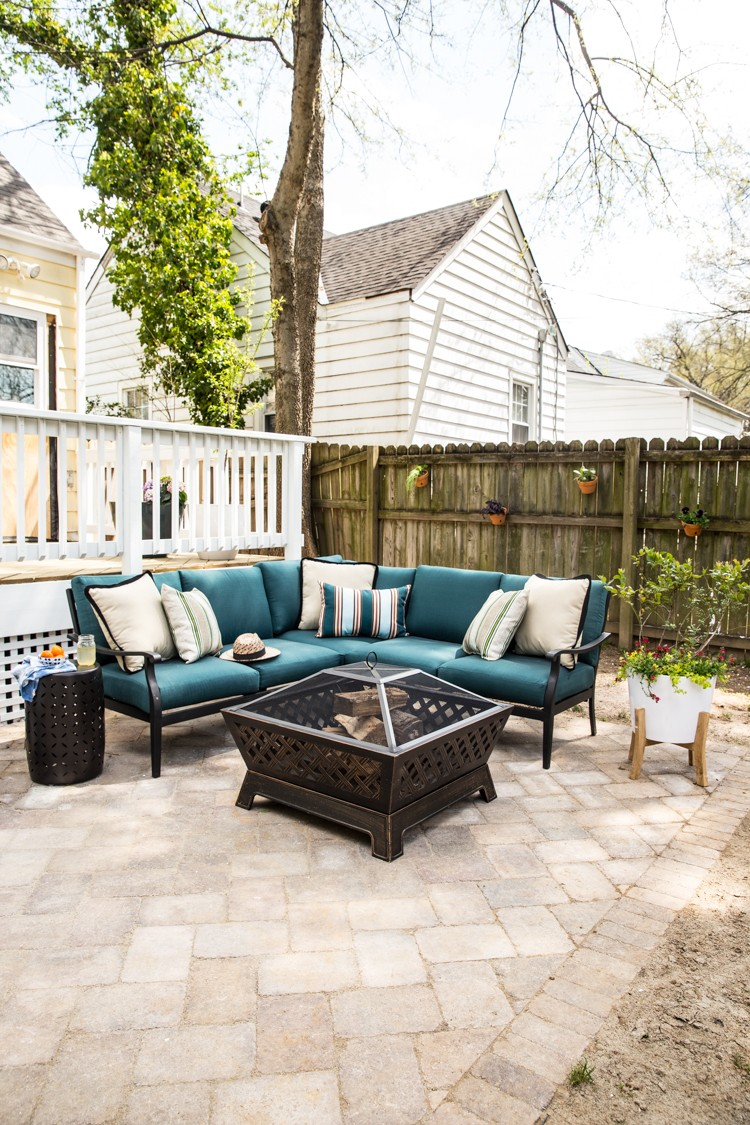 How to Create a Lively Patio Space