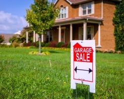 Garage Sale Tips & Tricks: How to Sell Your Stuff | Direct Energy Blog