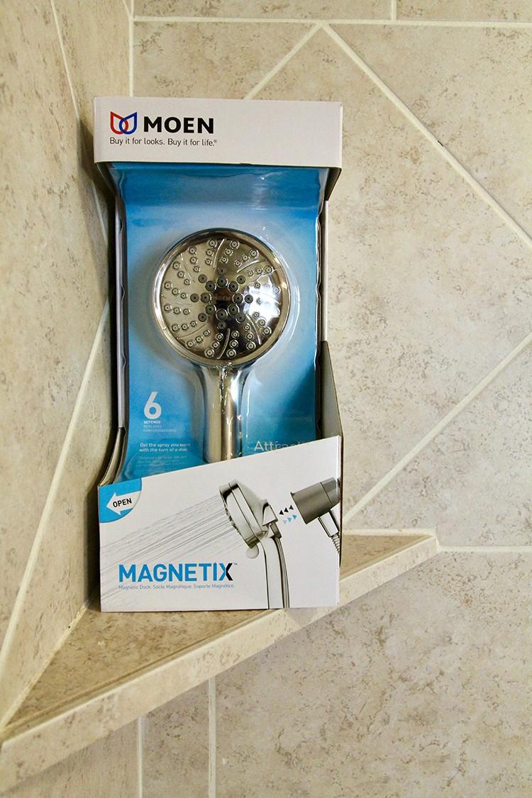MOEN Magnetix Shower Head