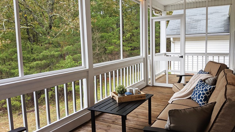 Mike Poorman of Woodshop Mike completely transformed his outdated back porch into an outdoor oasis for both family and friends to enjoy.
