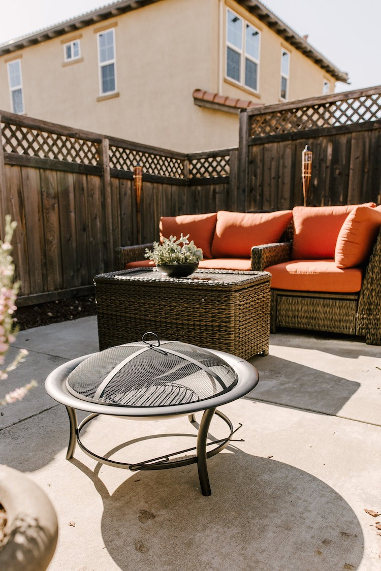 Outdoor Patio Space Update for Entertaining this Spring