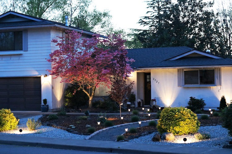 Increase Curb Appeal with Outdoor Landscape Lighting