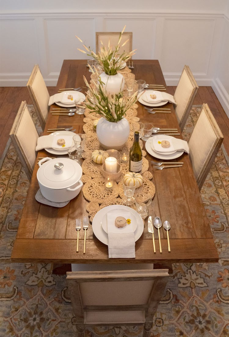 5 Tips to Setting a Memorable Friendsgiving Table