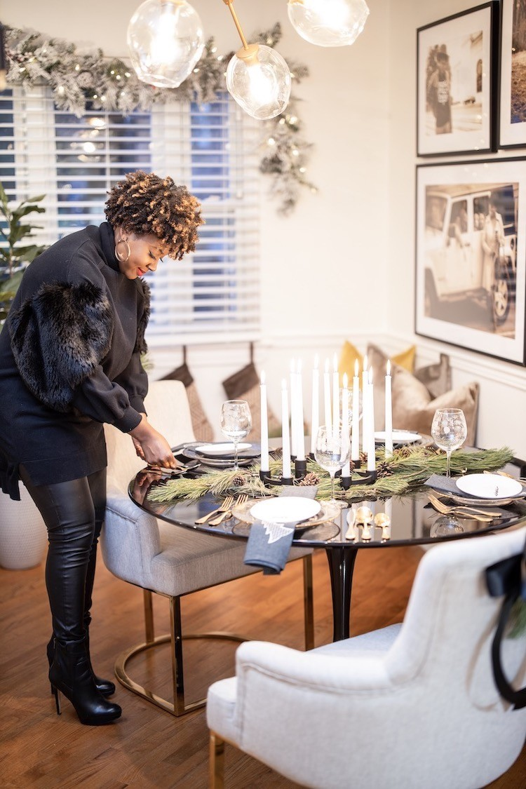 A Ritzy Family Christmas Gathering