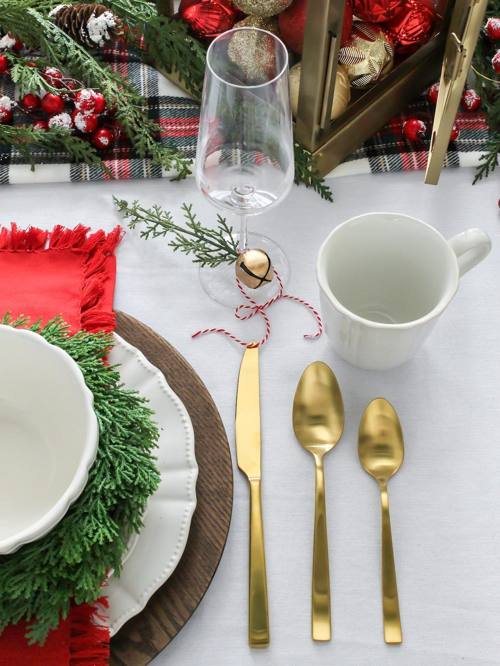 Creating a Festive Holiday Brunch